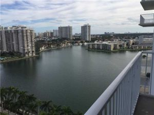 2801 NE 183 #1814w. Aventura, Florida - Hometaurus