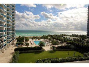 2301 Collins Ave #641. Miami Beach, Florida - Hometaurus