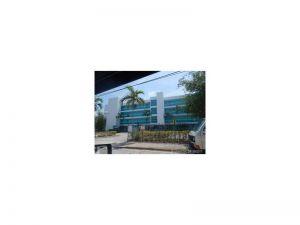 652 NE 63rd St #405. Miami, Florida - Hometaurus