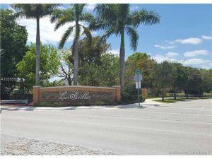 10022 NW 7th St #100. Miami, Florida - Hometaurus