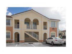 2755 SE 16th Ave #102. Homestead, Florida - Hometaurus