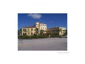 421 Grand Concourse #12. Miami Shores, Florida - Hometaurus