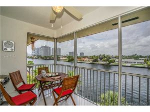 2081 S Ocean Dr #402. Hallandale, Florida - Hometaurus