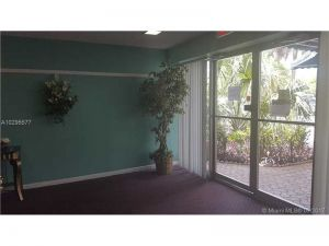 4980 E Sabal Palm Blvd #329. Tamarac, Florida - Hometaurus