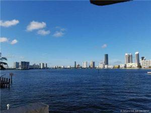 4000 NE 170th St #204. North Miami Beach, Florida - Hometaurus