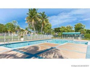 350 Palm Cir W #203. Pembroke Pines, Florida - Hometaurus