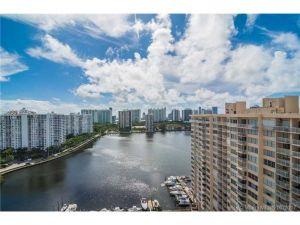 2750 NE 183 #2102. Aventura, Florida - Hometaurus