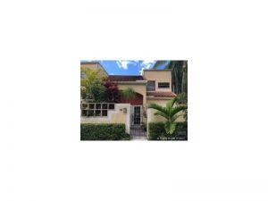 20940 Bay Ct #335-3. Aventura, Florida - Hometaurus