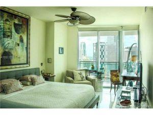 350 S Miami Ave #2901. Miami, Florida - Hometaurus