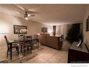 9125 SW 77th Ave #609. Miami, Florida - Hometaurus