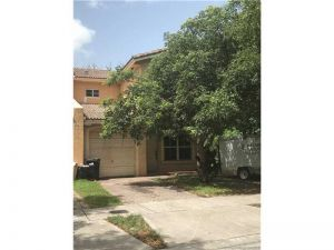 600 SW 7th Ter #600. Florida City, Florida - Hometaurus