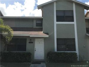5394 Gate Lake Rd #5394. Tamarac, Florida - Hometaurus