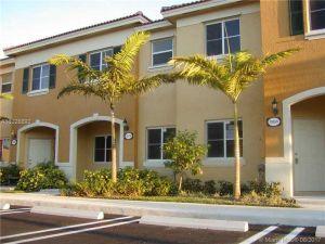 1605 SE 31st Ct #1605. Homestead, Florida - Hometaurus
