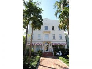 1244 Pennsylvania Ave #107. Miami Beach, Florida - Hometaurus