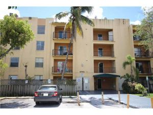 5705 W 20th Ave #406. Hialeah, Florida - Hometaurus