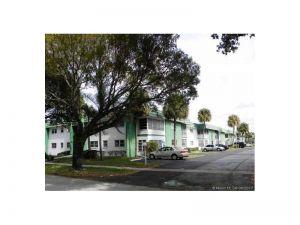 4821 NW 22nd Ct #108. Lauderhill, Florida - Hometaurus