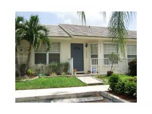12527 SW 147th Ter. Miami, Florida - Hometaurus