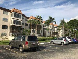 7100 NW 17th St #309. Plantation, Florida - Hometaurus