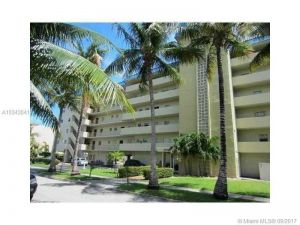 3770 NE 171st St #202. North Miami Beach, Florida - Hometaurus