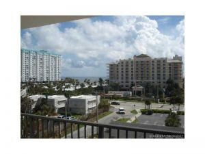 1200 Hibiscus Ave #604. Pompano Beach, Florida - Hometaurus