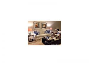 2650 Lake Shore Dr #1003. Riviera Beach, Florida - Hometaurus