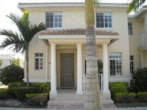 14044 SW 272nd St. Homestead, Florida - Hometaurus