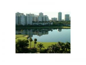 3675 N Country Club Dr #1008. Aventura, Florida - Hometaurus