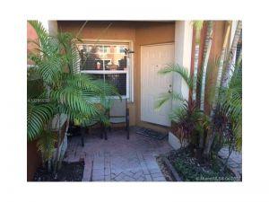 6141 NW 115th Pl #352. Doral, Florida - Hometaurus