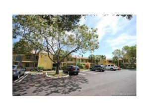 1816 W Meadows Cir W #1816. Boynton Beach, Florida - Hometaurus