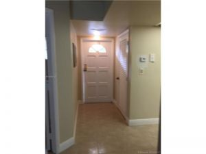 801 SW 138 Av #405. Pembroke Pines, Florida - Hometaurus
