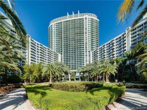 1500 Bay Rd #822s. Miami Beach, Florida