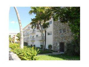12955 NE 6th Ave #403. North Miami, Florida - Hometaurus
