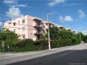 677 SW 9th Ave #302. Miami, Florida - Hometaurus