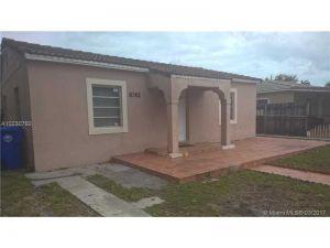 1061 NW 35th Ave. Miami, Florida - Hometaurus