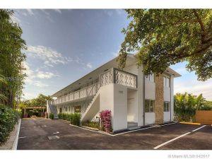 1030 NE 80th St. Miami, Florida - Hometaurus