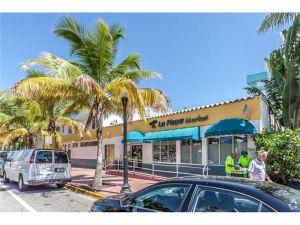 249 Collins Ave. Miami Beach, Florida - Hometaurus
