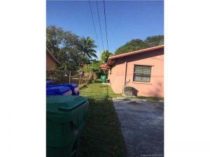 5700 NW 3rd Ave. Miami, Florida - Hometaurus