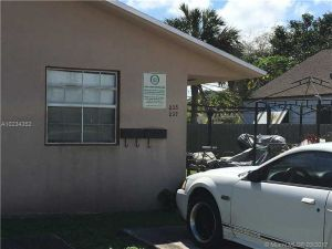 235 SW 12th St. Dania Beach, Florida - Hometaurus