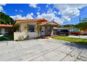 2921 SW 24th St. Miami, Florida - Hometaurus