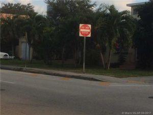 676 SW 6th St. Miami, Florida - Hometaurus