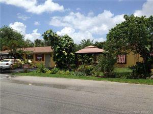 1202 NE 3rd Ave. Fort Lauderdale, Florida - Hometaurus