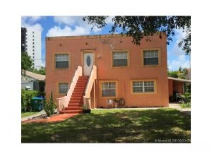 2272 NW 2nd St. Miami, Florida - Hometaurus