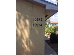 10952 NE 3rd Ct. Miami, Florida - Hometaurus