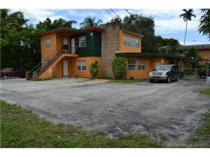 2954 NW 14th St. Miami, Florida - Hometaurus