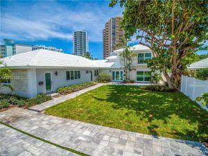 2700 NE 32nd Ave. Fort Lauderdale, Florida - Hometaurus