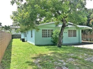 836 SW 29th St. Fort Lauderdale, Florida - Hometaurus
