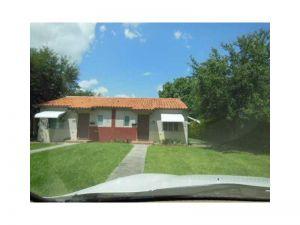 450 Eldron Dr. Miami Springs, Florida - Hometaurus