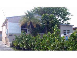 2908 SW 38th Ave. Miami, Florida - Hometaurus