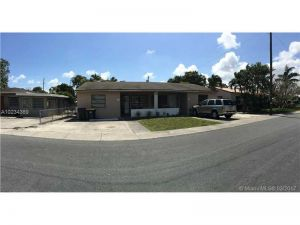 43 SW 10th St. Dania Beach, Florida - Hometaurus