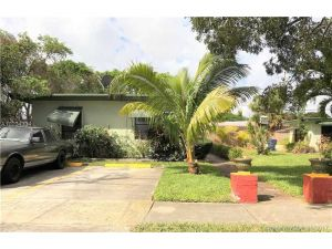 1610 S 19th Ave. Hollywood, Florida - Hometaurus
